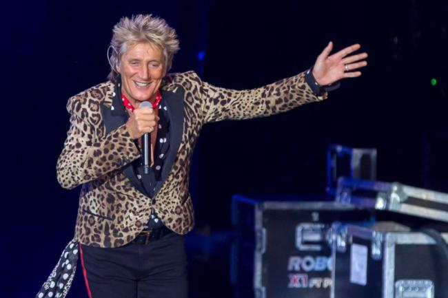 CD reviews: Rod Stewart, Track Dogs, Jimmy Carpenter