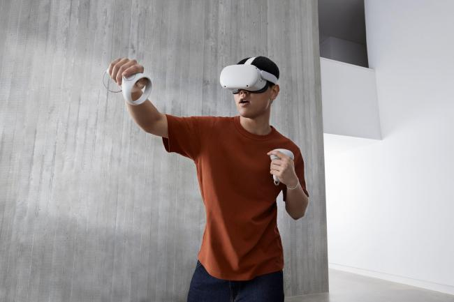 Facebook announces Oculus Quest 2 VR headset