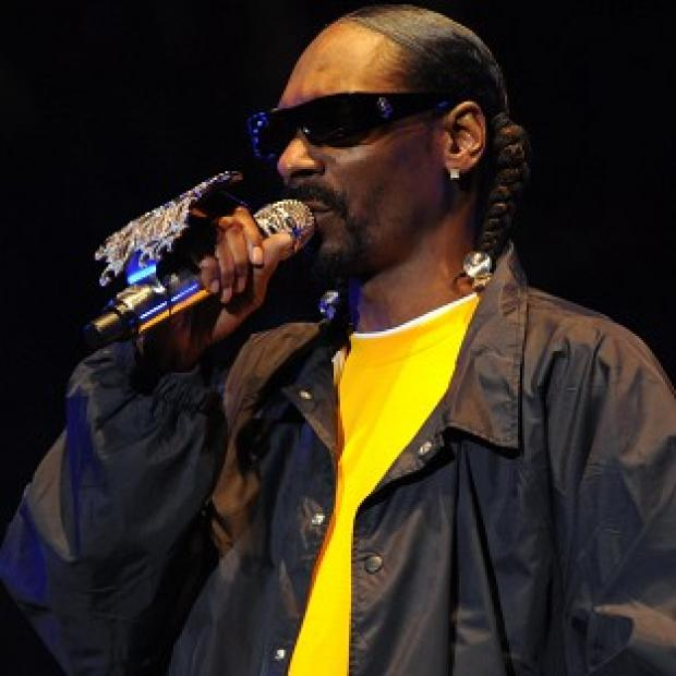Snoop Dogg has releasesed a smokable book of his song lyrics