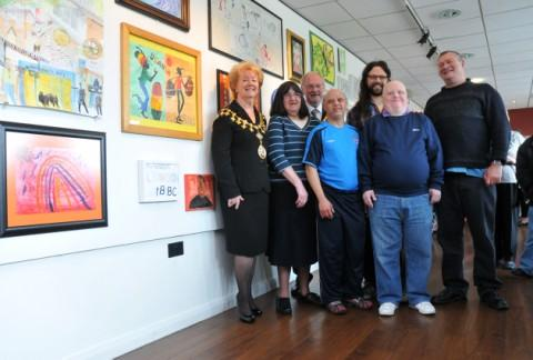 Mayor opens art exhibition
