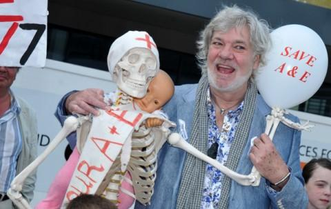 'Stars in their Eyes' presenter Matthew Kelly helped collect signatures