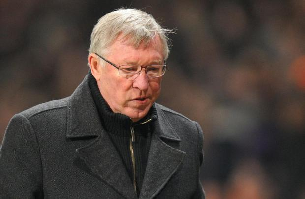 Messenger Newspapers: Drunk Manchester United fan attempts to contact Alex Ferguson by calling 999