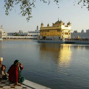 Hundreds died in the Indian operation to clear Sikh separatists   from the Golden Temple of Amritsar
