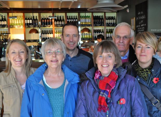 The Moore family. left to right: – Lindsay Moore, Barbara Moore, Rob Moore, Jane Hardy, Alan Moore and Gill Moore