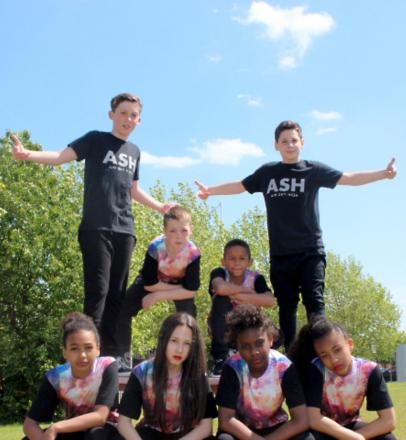 Streford streetdance group win international title
