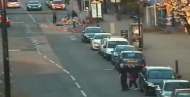 VIDEO: Police hunting youths after violent brawl on Flixton street