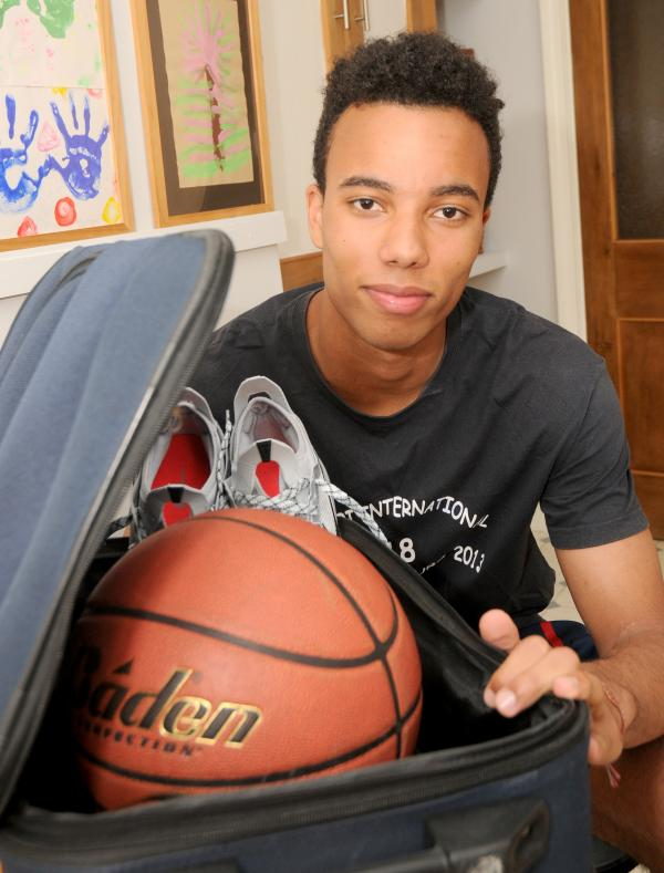 Urmston teen off to America to fulfill basket ball dream