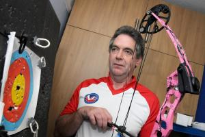Bullseye - Sale man leads visually-impaired archers to victory