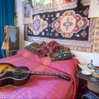 Messenger Newspapers: Take a peek inside Jimi Hendrix's London home, restored to its sixties glory