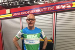 Sale firefighter aims for race hat-trick to boost Alzheimer's