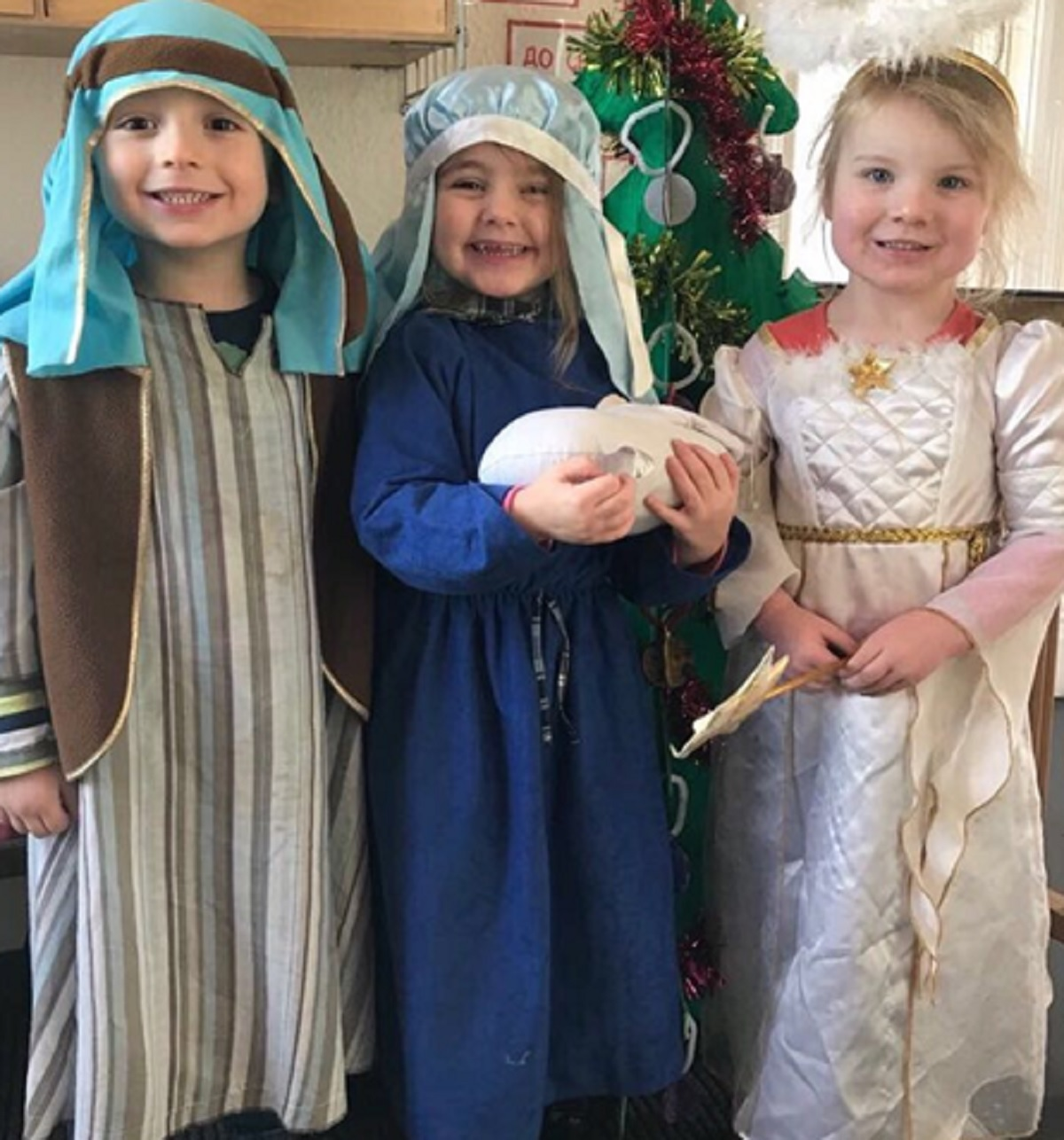 Joseph was played by Charlie Warrington, Mary by Olivia Crook, and an Angel by Alex Turnbull, all aged 3