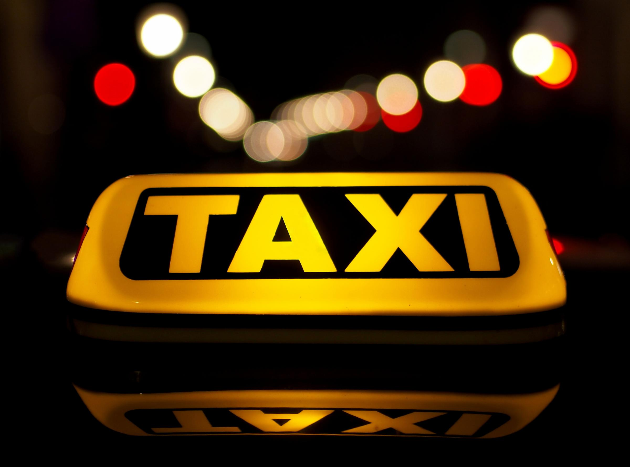 Taxi drivers could soon have to pass English tests